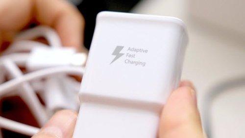 зарядное устройство смартфона